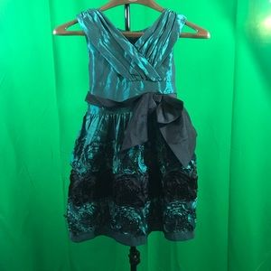NWT BONNIE JEAN Toddler Girl HOLIDAY Dress Green Velvet 18 and 24 Months